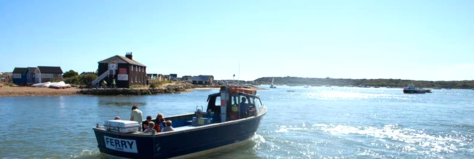 Mudeford beach hut to let - a picture of the Mudeford ferry